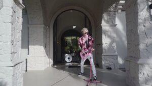 Lyric Video Machine Gun Kelly Bloody Valentine