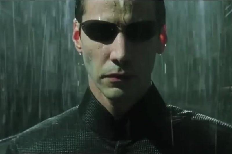 Keanu Reeves în