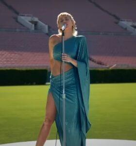 "Miley Cyrus cântând ""Help!"" | Global Goal: Unite for Our Future"
