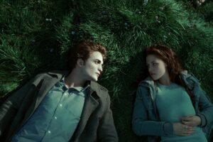 Edward Cullen și Bella Swan