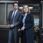 """David Duchovny și Gillian Anderson în """"Dosarele X"""""""