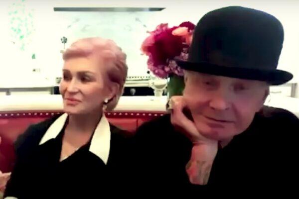 Ozzy și Sharon Osbourne în cadrul interviului cu Jenny McCarthy (captură ecran)
