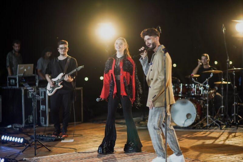 Edward Sanda la concertul de lansare a albumului de debut