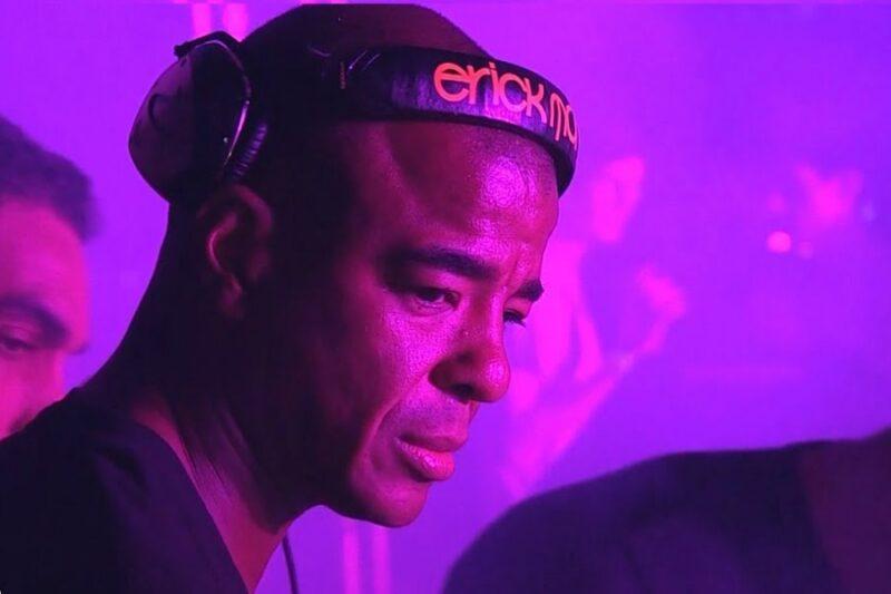 Erick Morillo în cadrul set-ului din 2015de la Cafe Mambo, Ibiza for Radio 1 - captură ecran