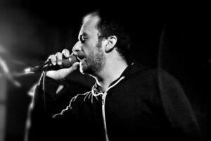 """Octavian Horvath, solistul IPR, în videoclipul """"Sidef [Acustic Live Video]"""""""
