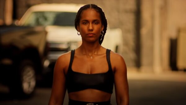 Videoclip Alicia Keys Love Looks Better