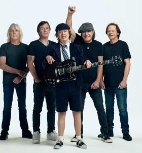 "Trupa AC/DC promovând albumul ""Power Up"""