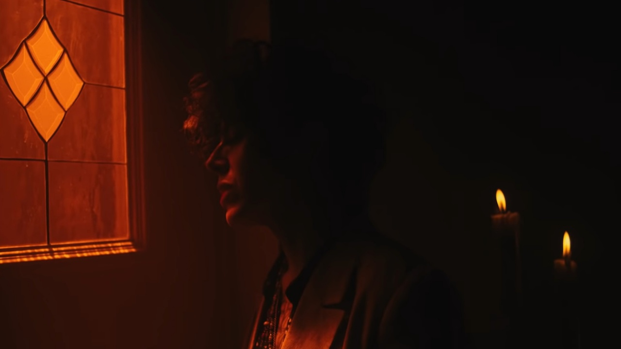 Videoclip LP - How Low Can You Go