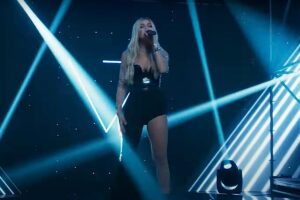 Alina Eremia - Show Must Go On