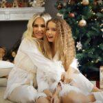 Andreea Banica si Sofia - Colinde de Crăciun