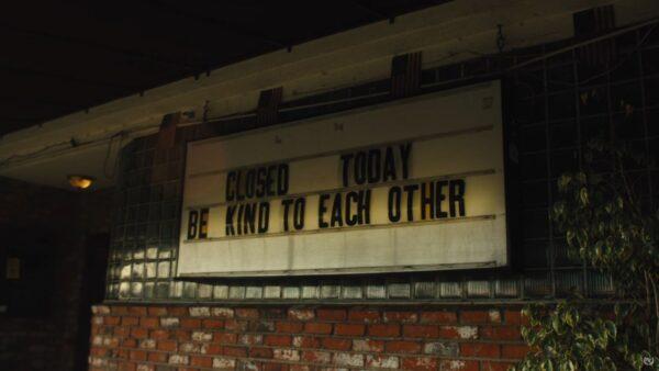 Videoclip Good Charlotte Last December