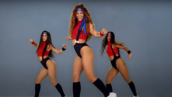 Shakira, Black Eyed Peas - Girl Like Me