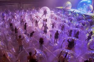 The Flaming Lips - concert în bule de plastic