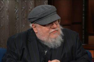 George R.R. Martin într-un interviu cu Stephen Colbert (2018)