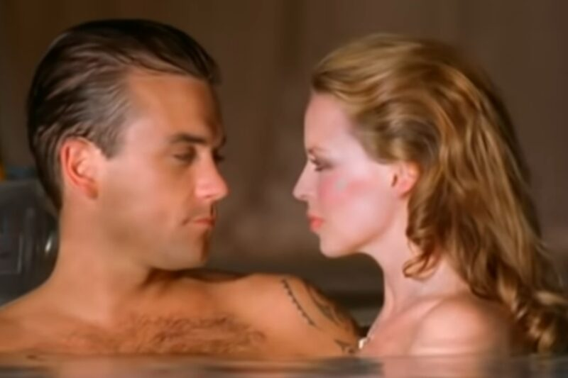 Robbie Williams și Kylie Minogue în videoclipul piesei