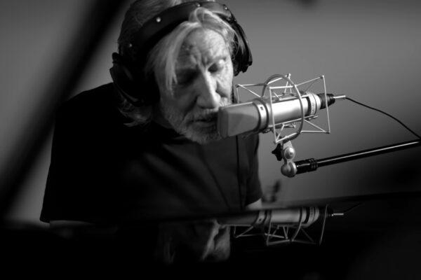 "Roger Waters - ""The Gunner's Dream"" (2021)"