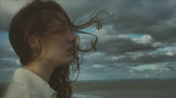 "Videoclip Birdy ""Surrender"""