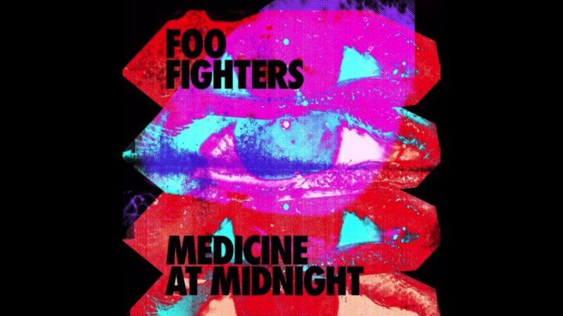 Coperta album Foo Fighters Medicine at Midnight