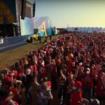 Miley Cyrus într-un concert ca înainte de pandemie