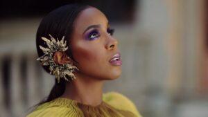 Videoclip Kelly Rowland - Flowers