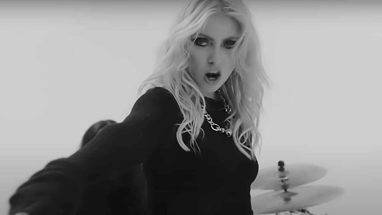 The Pretty Reckless - And So It Went