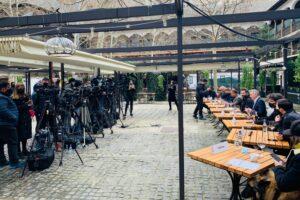 Reprezentanți ai industriilor de evenimente, culturale și HoReCa la conferința de presă