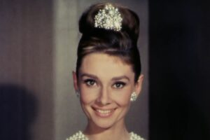 """Audrey Hepburn în trailerul filmului """"Breakfast at Tiffany's"""""""