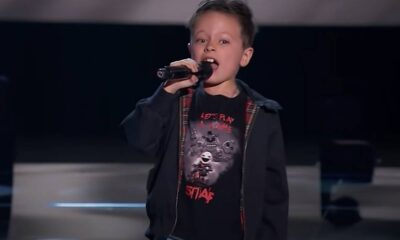 Jesús del Río cantând 'Highway to Hell' la The Voice Kids Spania