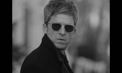 Videoclip Noel Gallagher's High Flying Birds Flying on the Ground