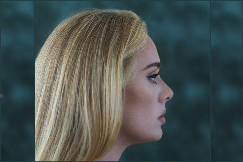 "Adele lansează albumul ""30"""