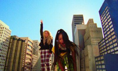 Videoclip Willow, Avril Lavigne - GROW ft. Travis Barker